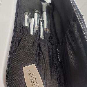 Victoria's Secret MakeUp Brushes set